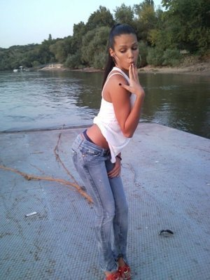 Ninfa from California is looking for adult webcam chat