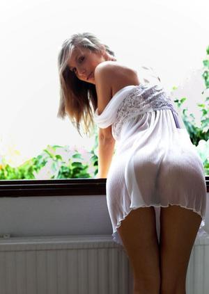 Herma from Vista, California is interested in nsa sex with a nice, young man