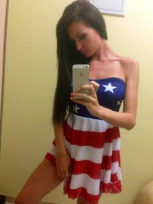 Tori from Great Neck Gardens, New York is looking for adult webcam chat