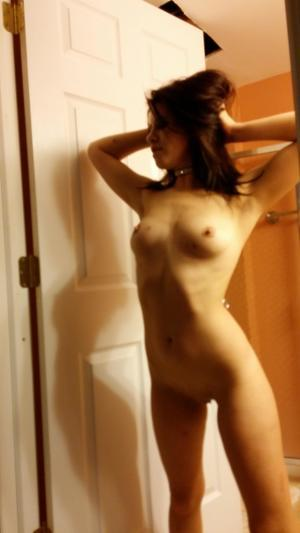 Chanda from Togiak, Alaska is looking for adult webcam chat