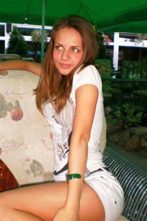 Carmela from Seattle, Washington is interested in nsa sex with a nice, young man