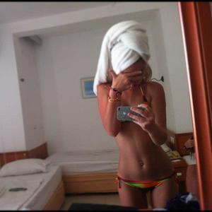 Marica from Colville, Washington is looking for adult webcam chat
