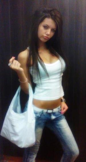 Kellee from Providence, Rhode Island is interested in nsa sex with a nice, young man
