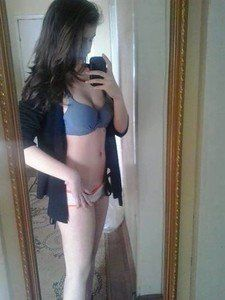 Jodie from Spokane, Washington is looking for adult webcam chat