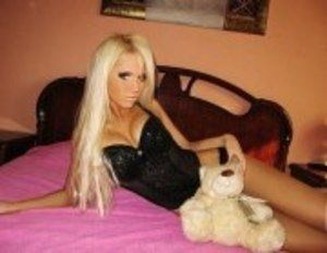 Liane from Kentucky is looking for adult webcam chat
